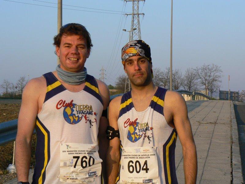 Sergio y Pedro antes de afrontar los 42km de Sevilla