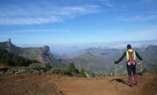 Transgrancanaria: Panorámica del Roque Nublo a la salida de Garañón